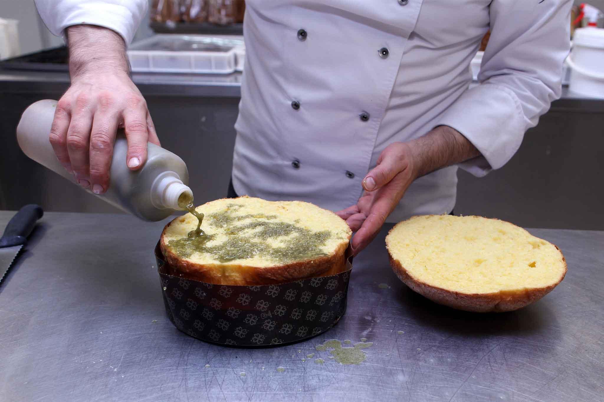 preparazione panettone pistacchio 1