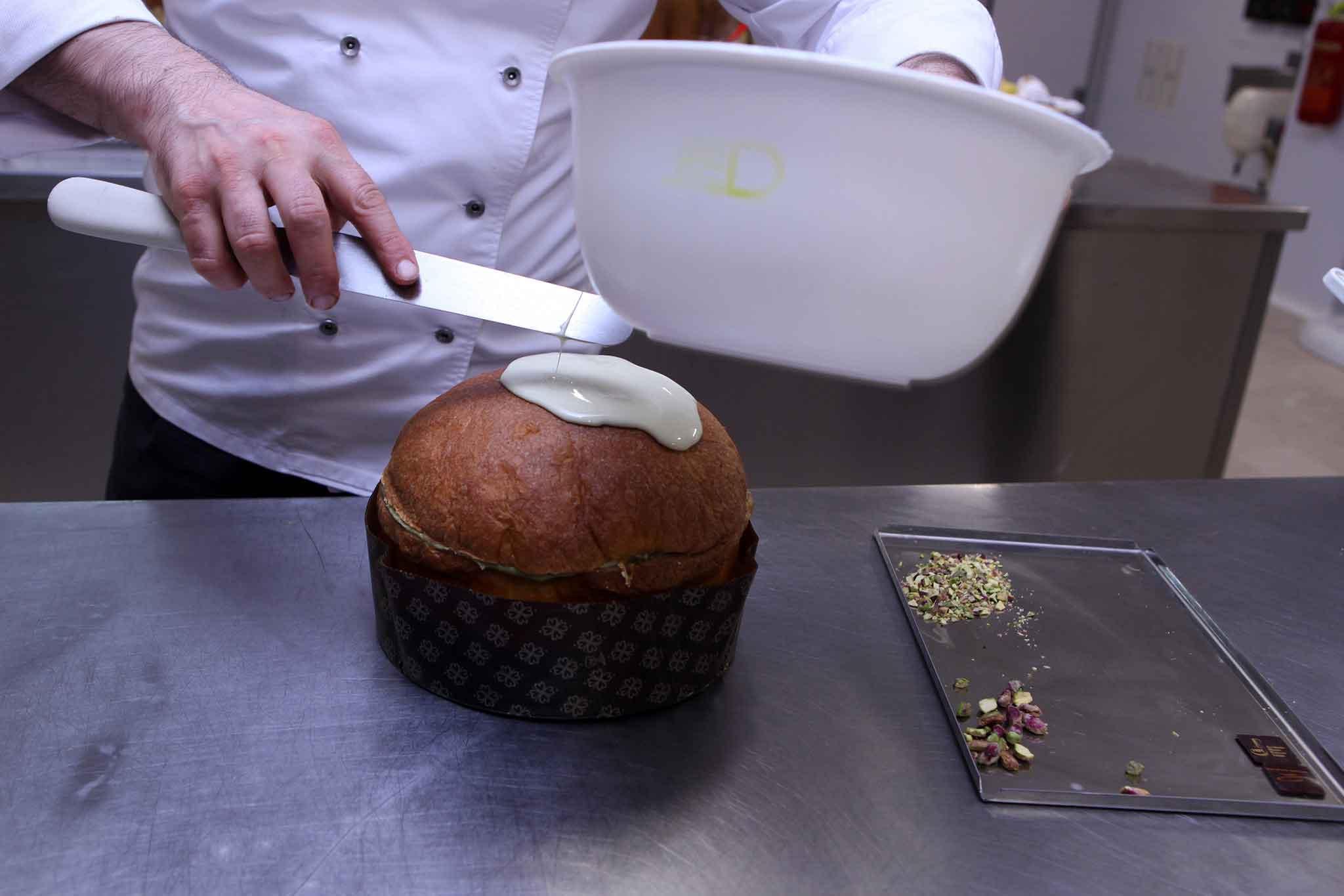 preparazione panettone pistacchio 3