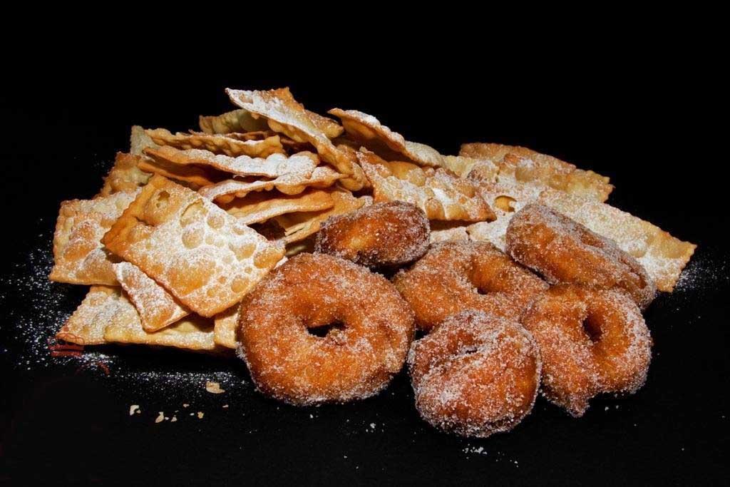 Frittelle veneziane e chiacchiere
