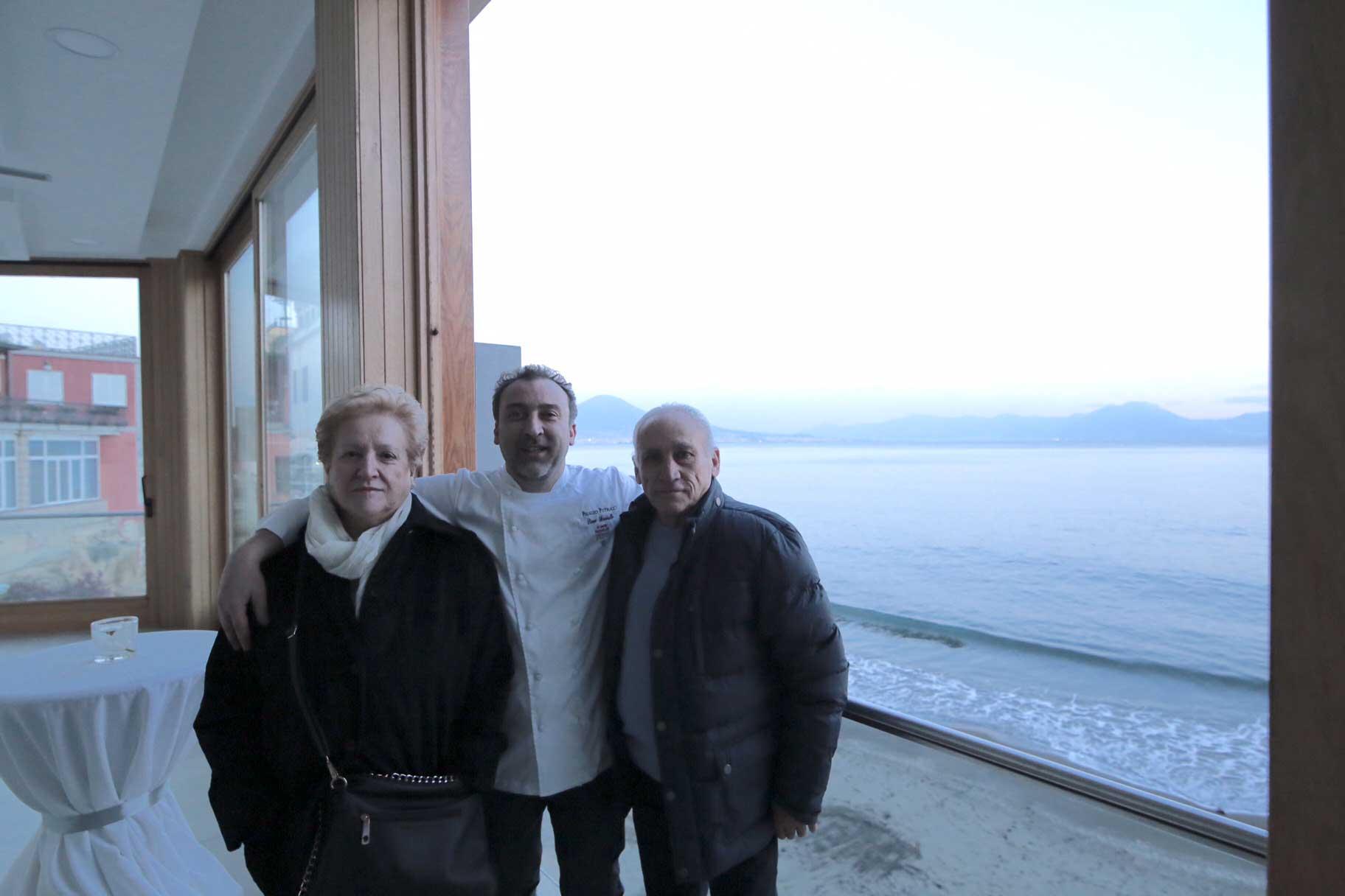 Lino Scarallo con i genitori