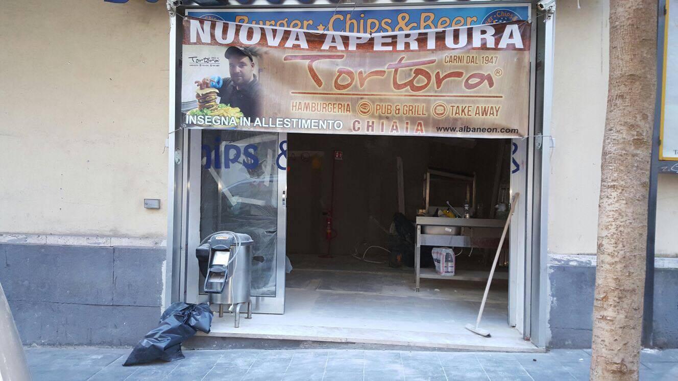 nuova hamburgeria Napoli Chiaia