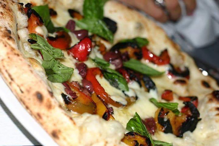 pizza-la-parule-provola-papaccella-olive