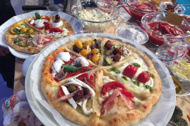 pizza ai sei pomodori Sorbillo