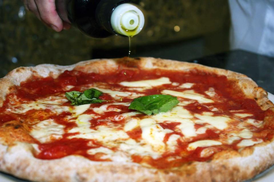 pizza margherita olio