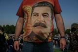 Ottobre Rosso. La pizza di Stalin non va giù ai giovani russi