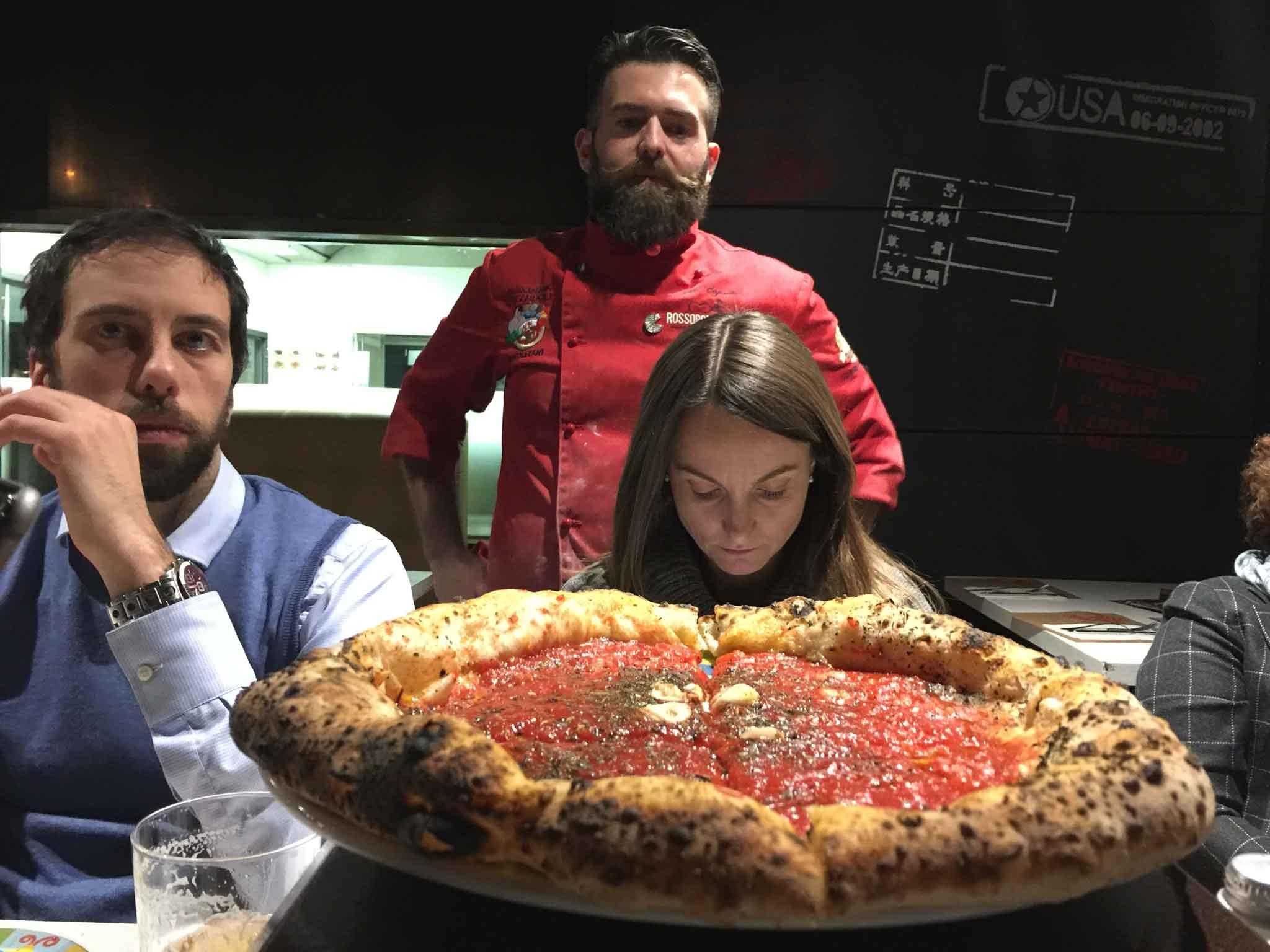 Alessia Saro e la pizza Marinara di Vincenzo Capuano