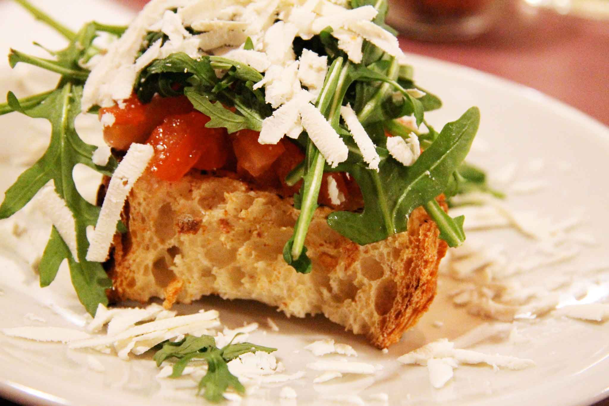 bruschetta con ricotta salata