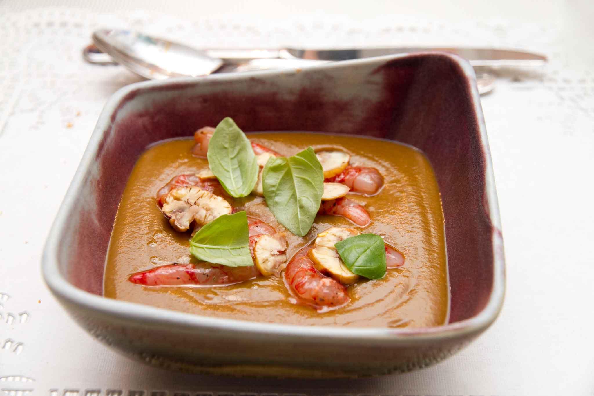 crema di lenticchie gamberi zafferano castagne