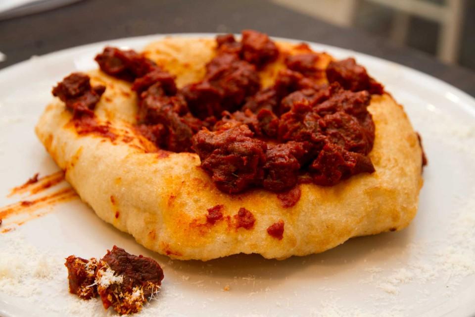 pizza fritta soffritto