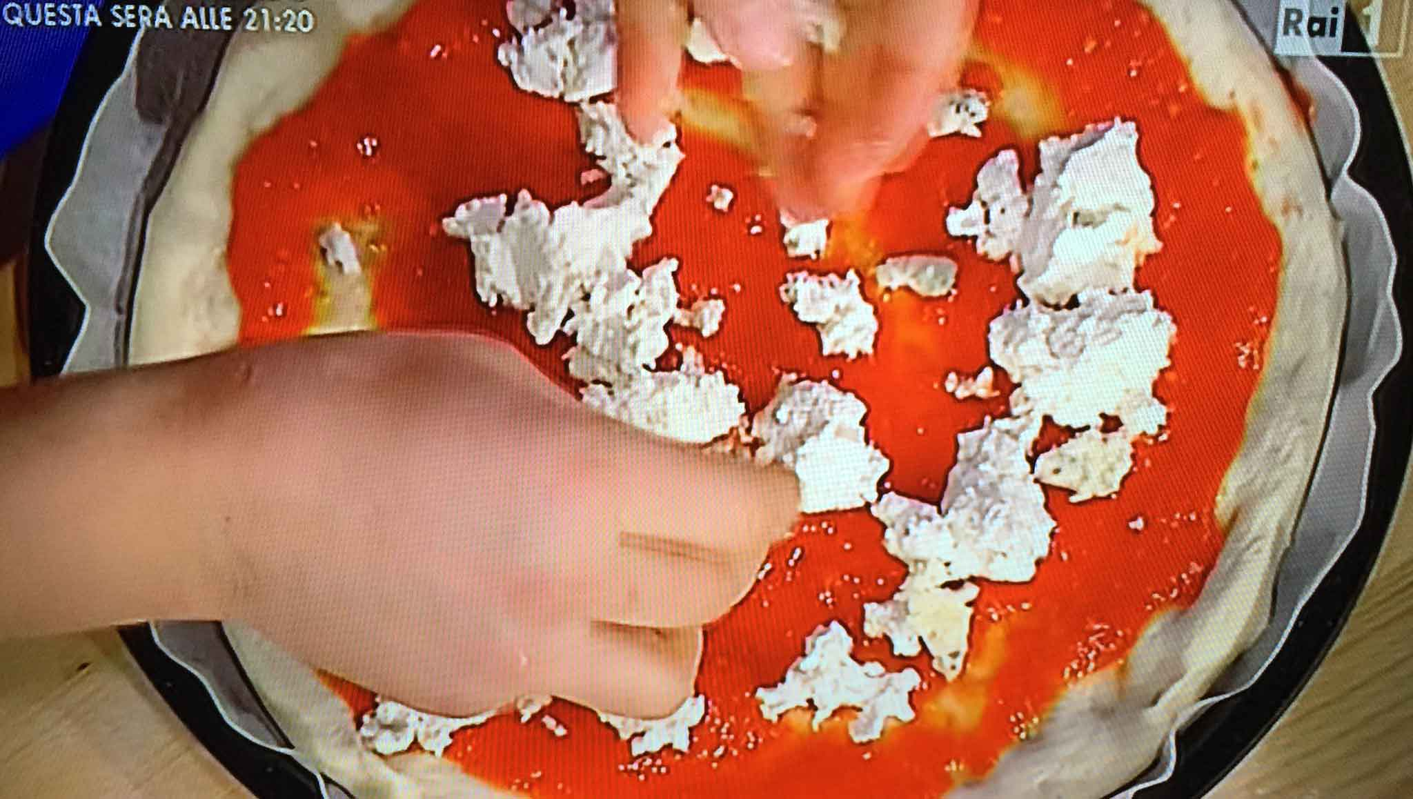 ricetta pizza casa ai Quattro Latti Sorbillo 10