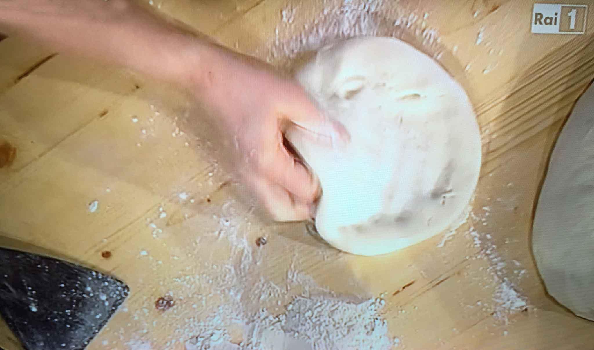ricetta pizza casa ai Quattro Latti Sorbillo 5