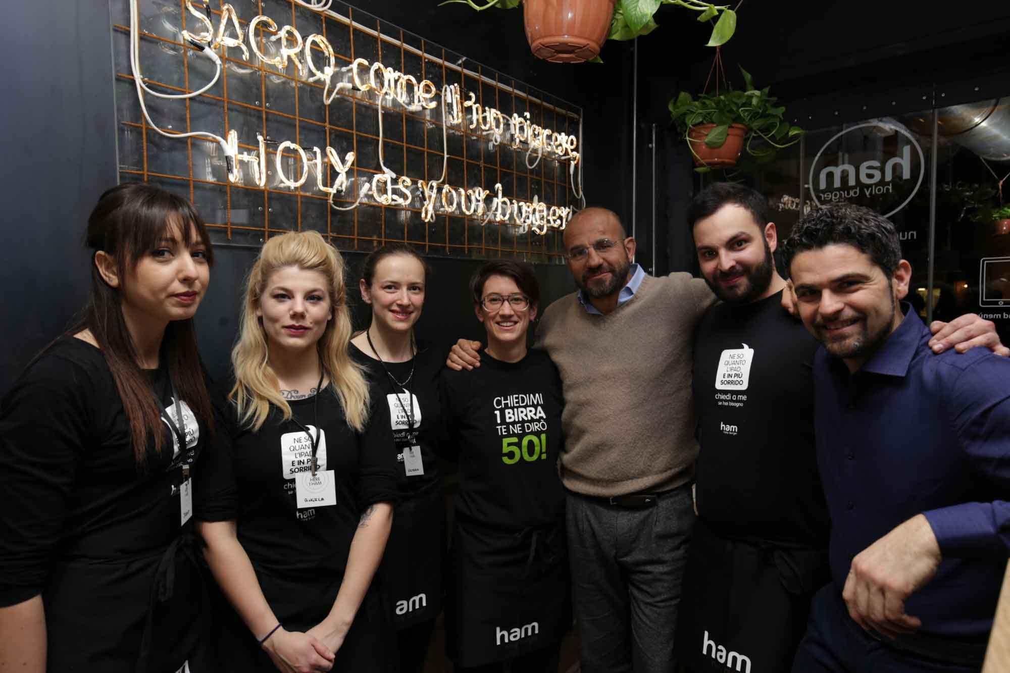 staff Ham Holy Burger Padova
