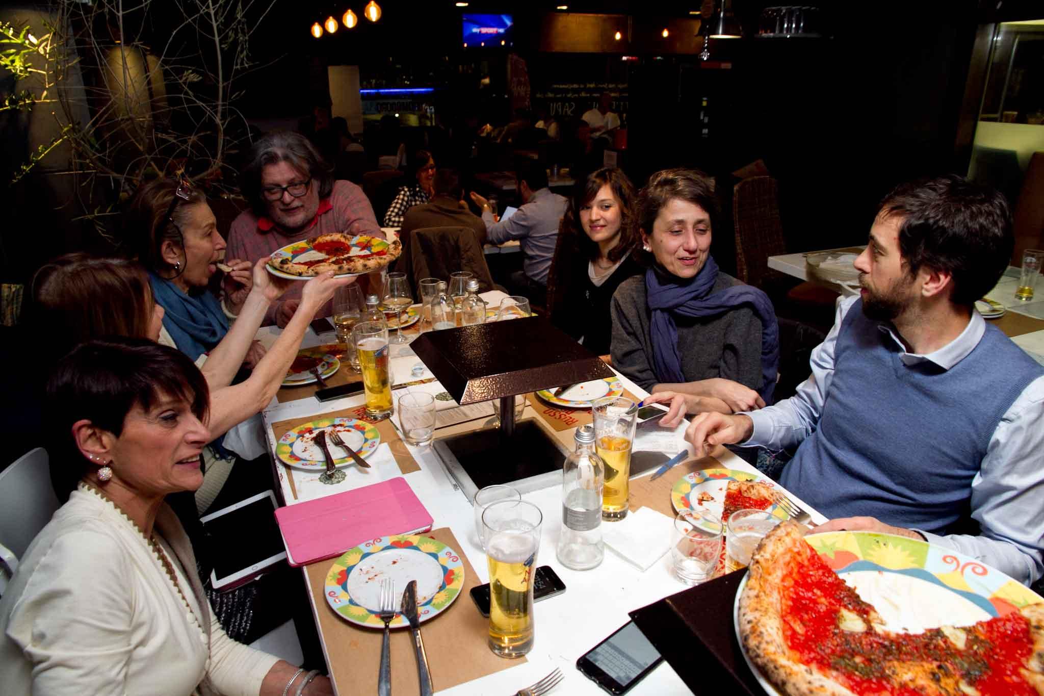 tavolo assaggio pizze Rossopomodoro