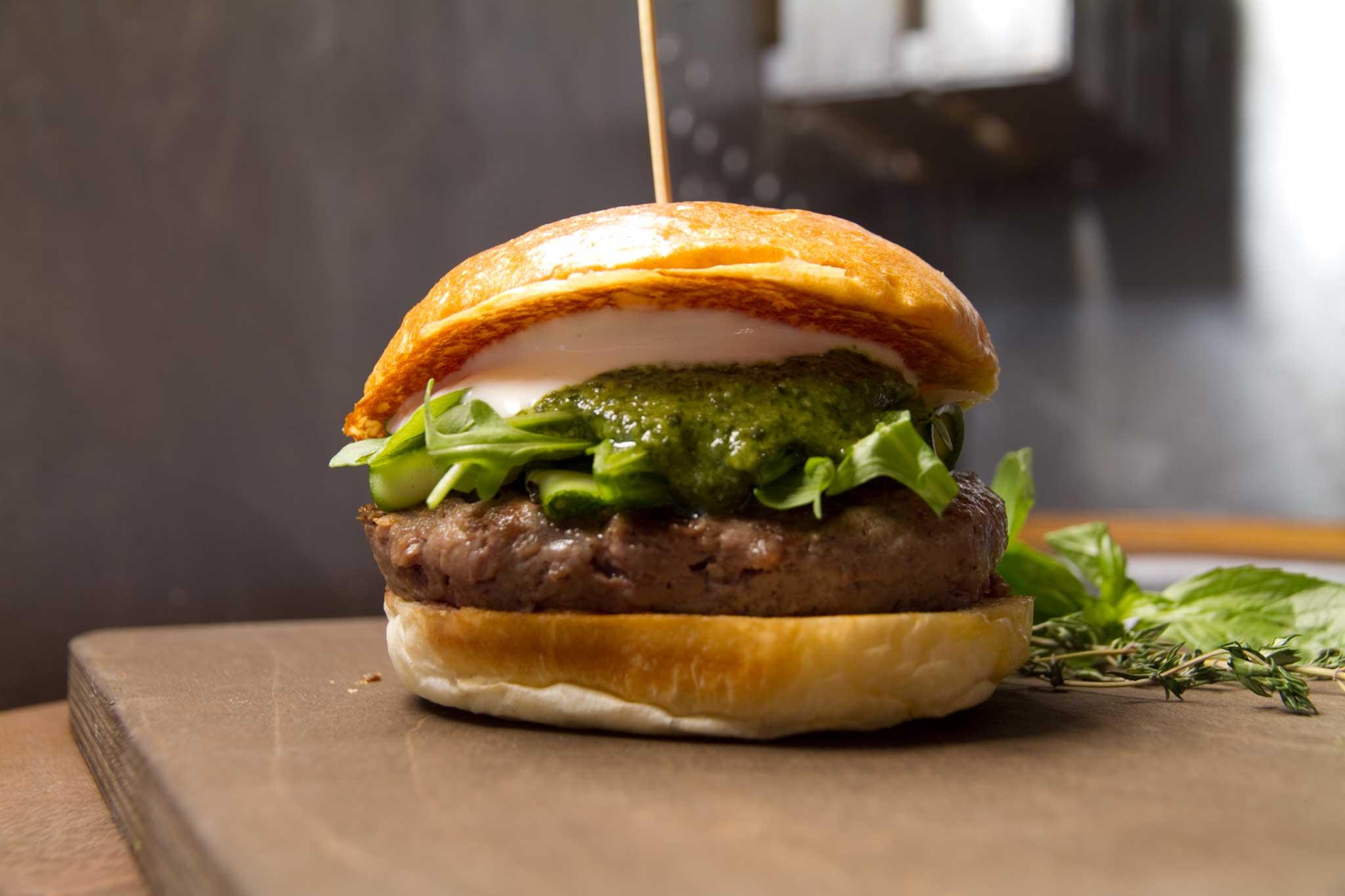hamburger pesto