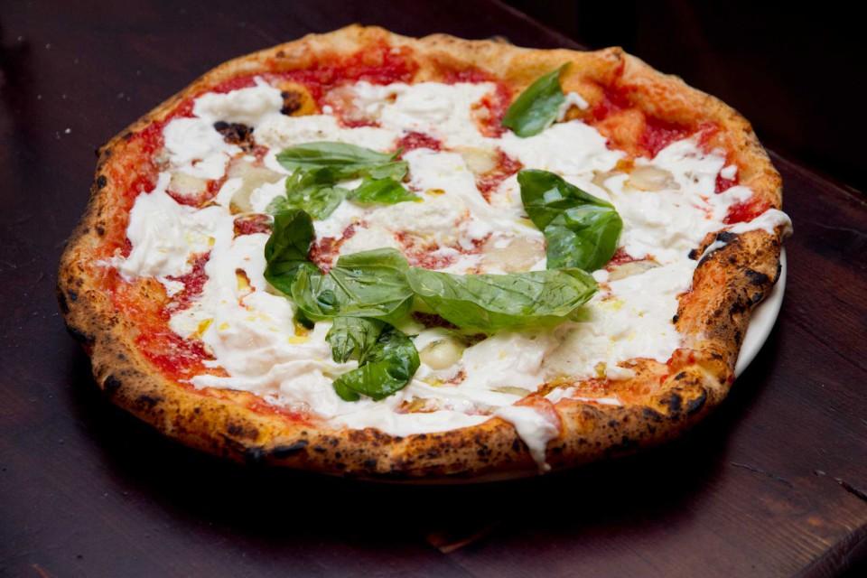 pizza ai Quattro Latti