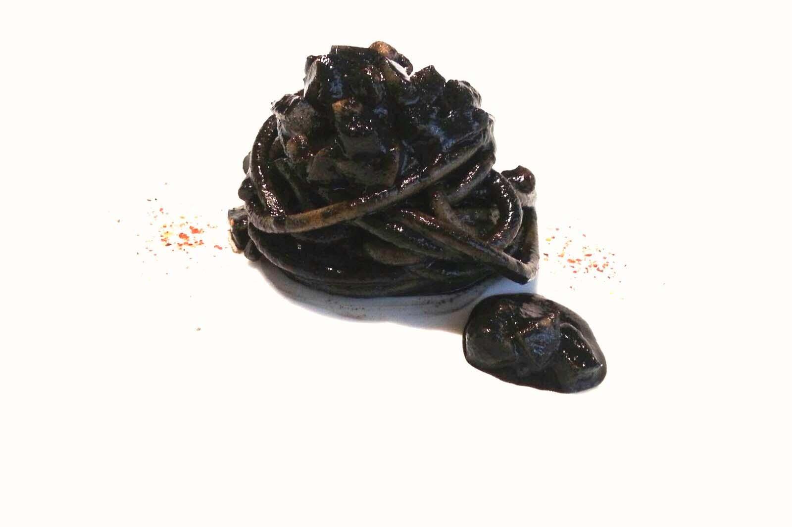 rino duca spaghetto nero