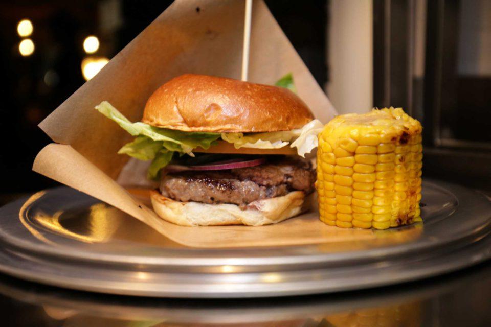 Hamburger Milano Ham Holy Burger