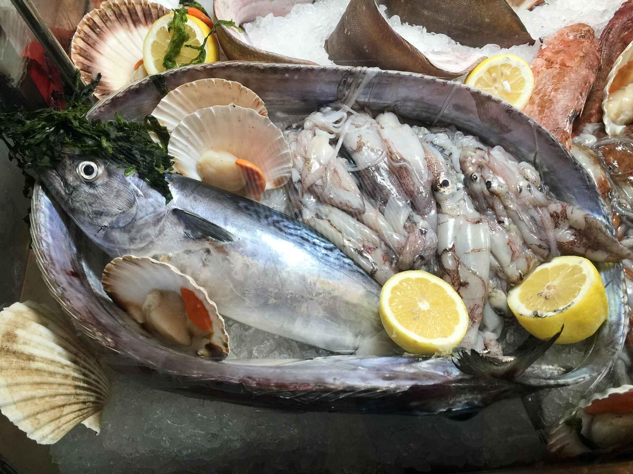 Milano Ristorante Di Pesce Anema E Cozze In Brera