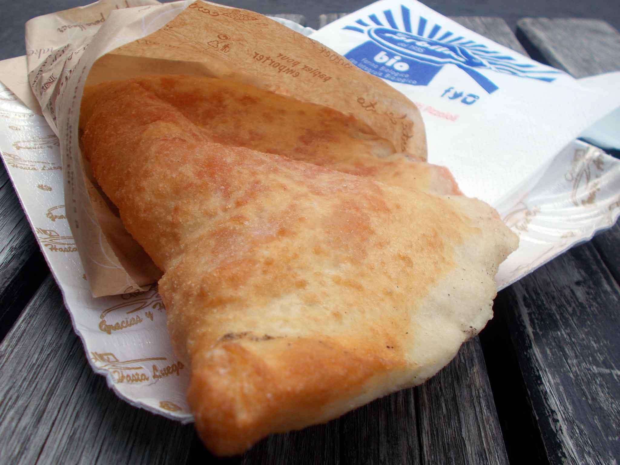 pizza fritta Nilano Sorbillo