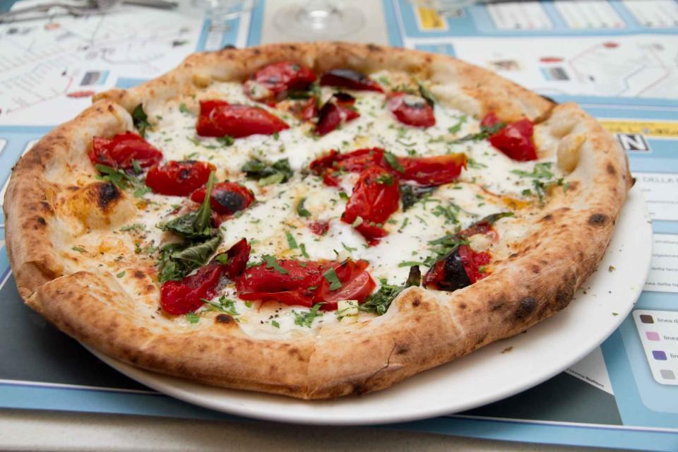 pizza pomodori brace Enzo Coccia