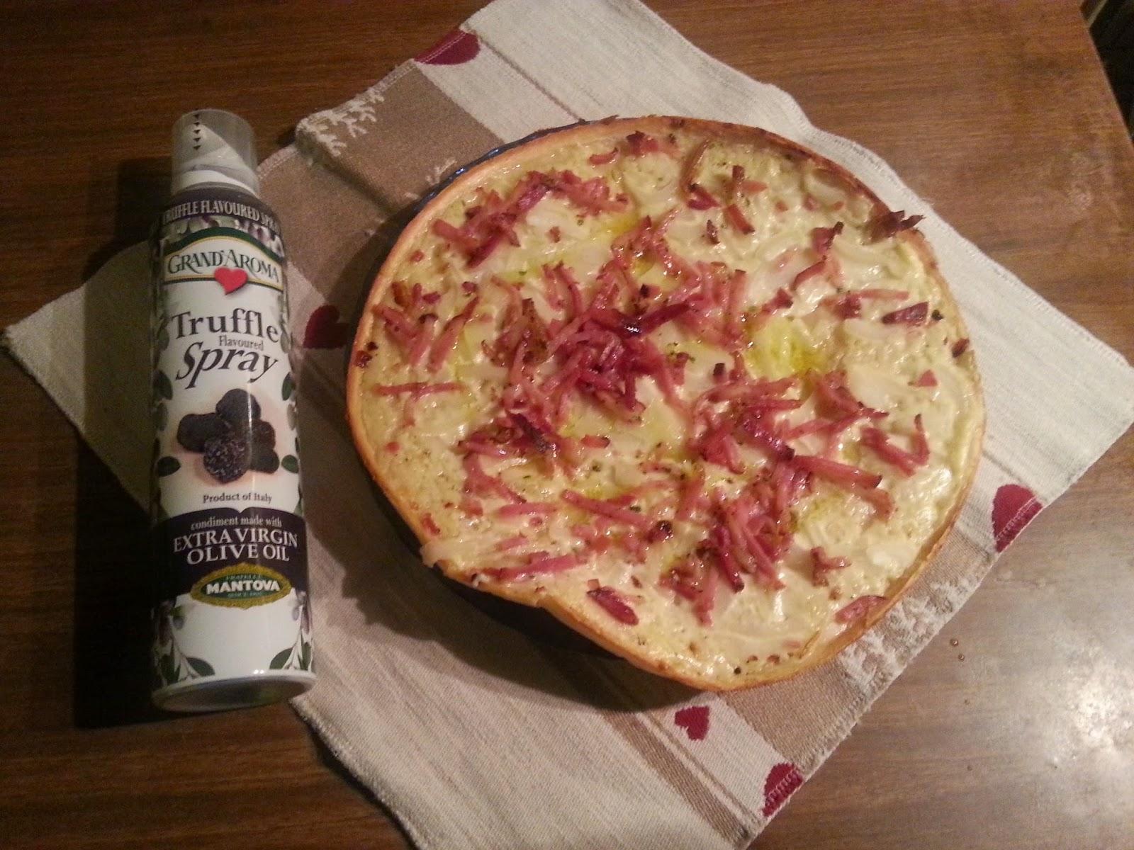 spray pizza