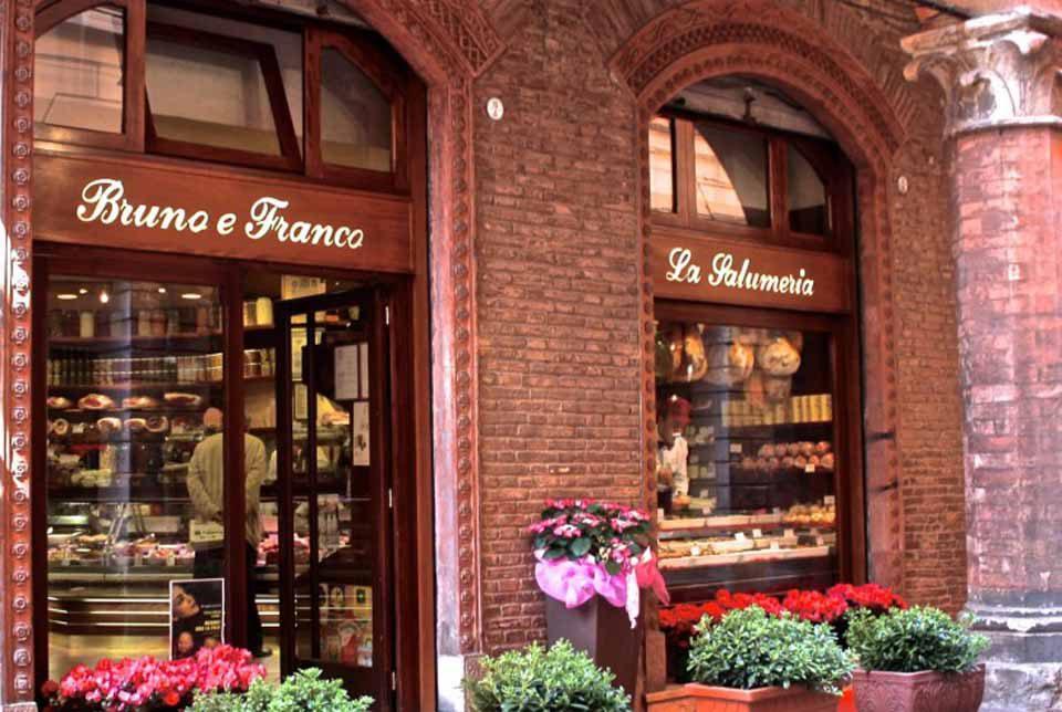 Mortadella: 5 migliori indirizzi a Bologna