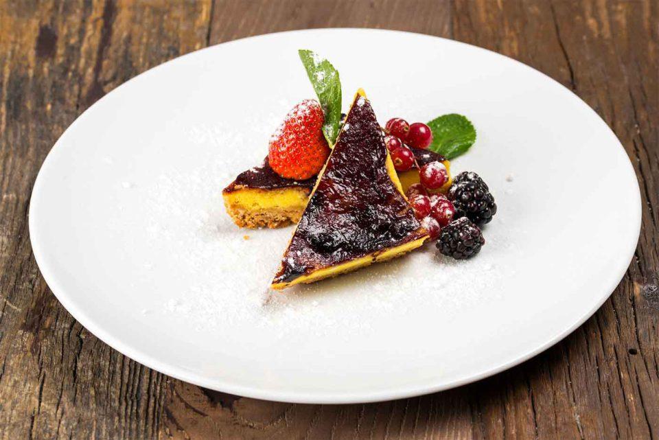 bologna lobb bistrot cheesecake