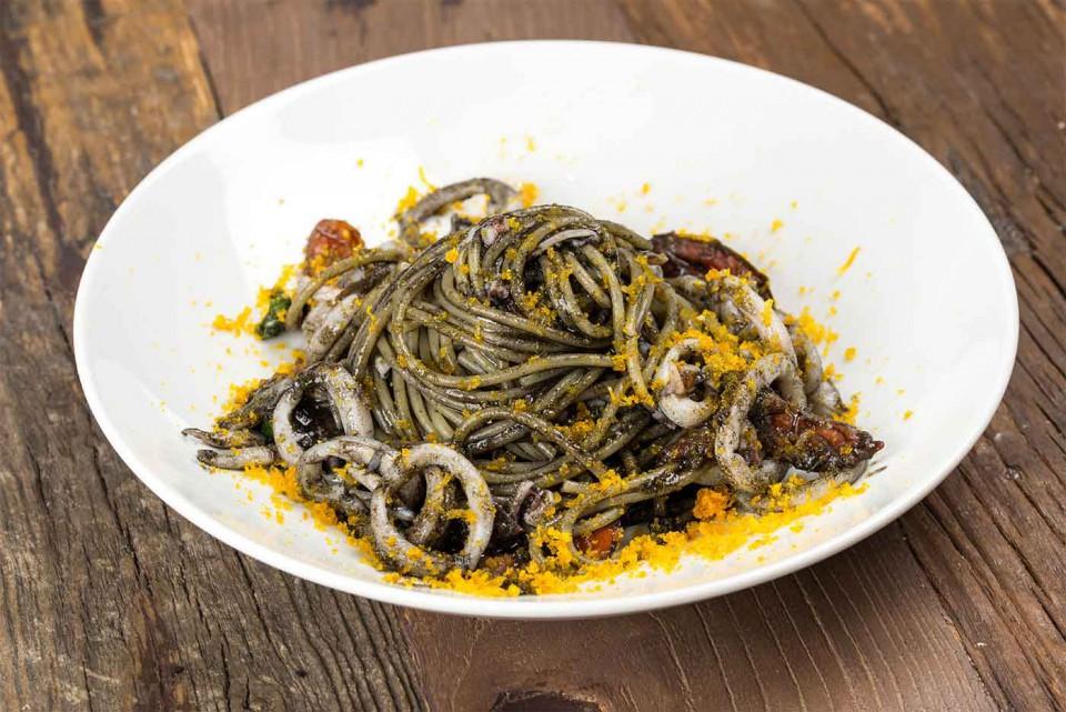 bologna lobb bistrot spaghettone nero seppia