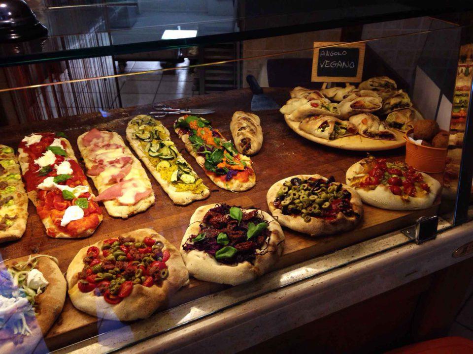 Pizza la classifica definitiva di roma con 35 pizzerie - Pizzeria con giardino roma ...