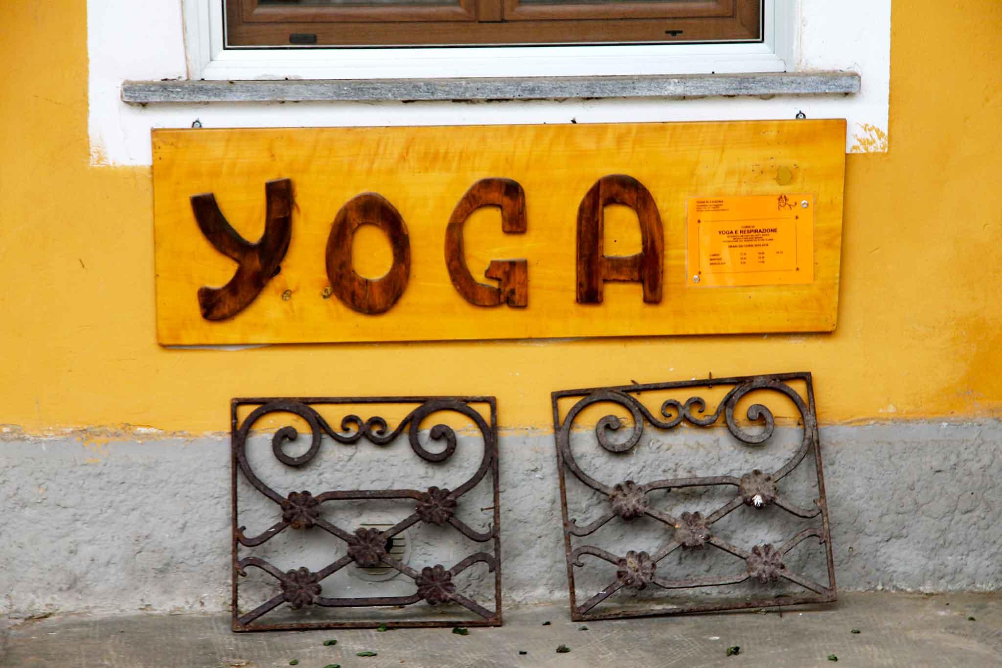 guzzafame cascina yoga