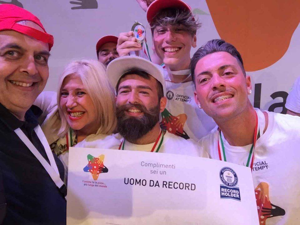 pizza più lunga del mondo record Napoli 11