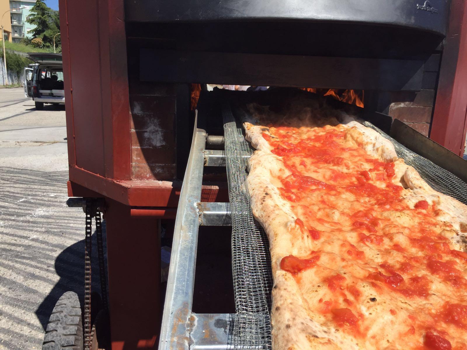 pizza record Napoli