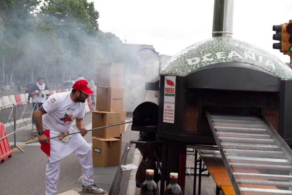 pizzaiolo forno a legna pizza record