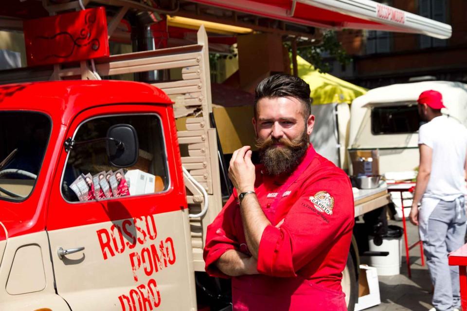 Vincenzo Capuano food truck Rossopomodoro
