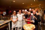 Tutte le pizze e i piatti di chef e pizzaioli sul lungomare di Torre del Greco