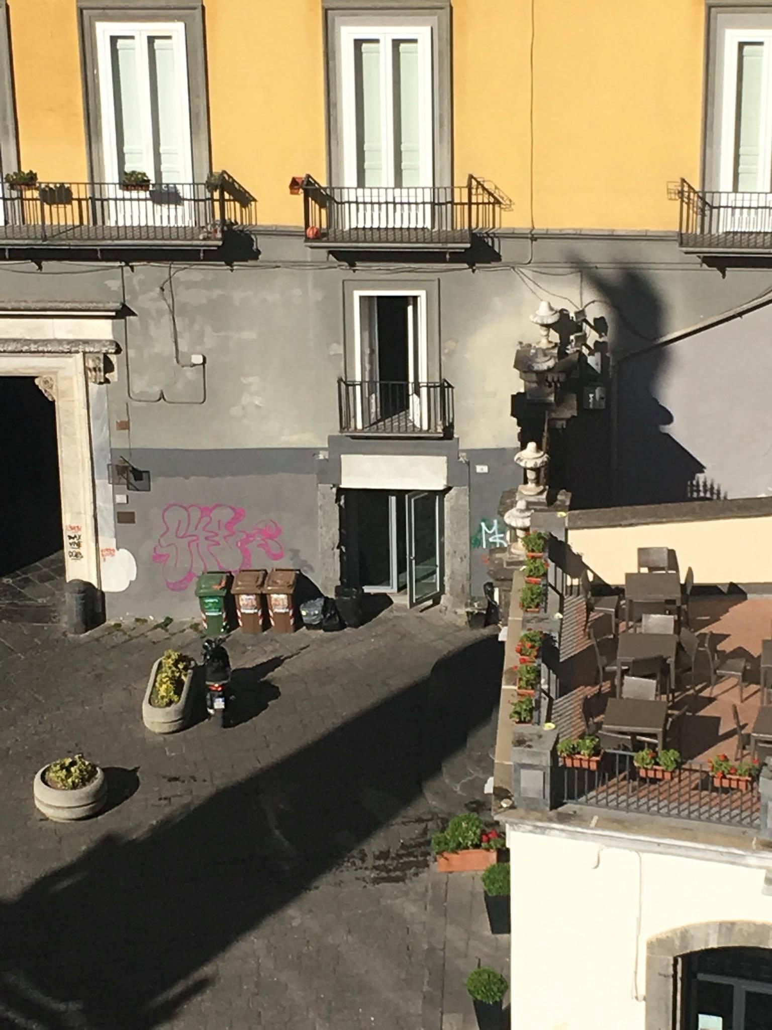 chi va all'ex palazzo petrucci a Napoli