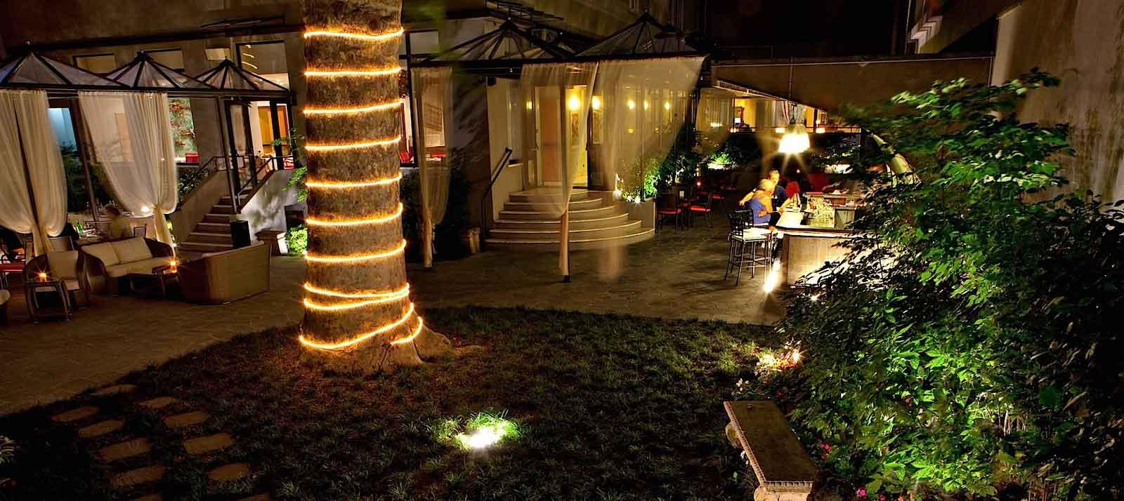 Milano 22 dehors mozzafiato per un aperitivo all 39 aperto for Hotel manin milano