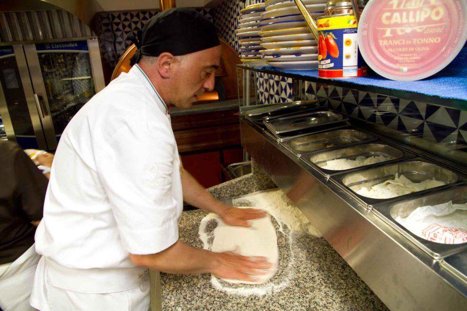 pizza Sal De Riso nuova pizzeria Minori 1