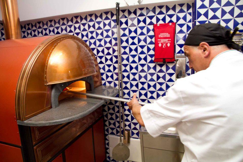 pizza Sal De Riso nuova pizzeria Minori 4