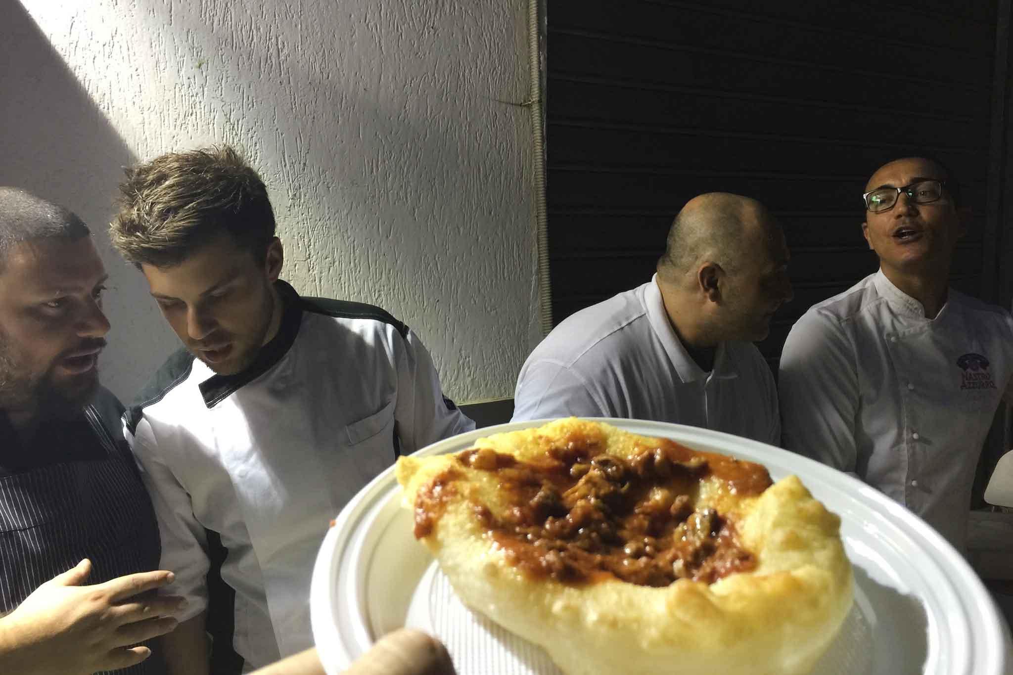 pizza fritta Sorbillo Martucci Cogo