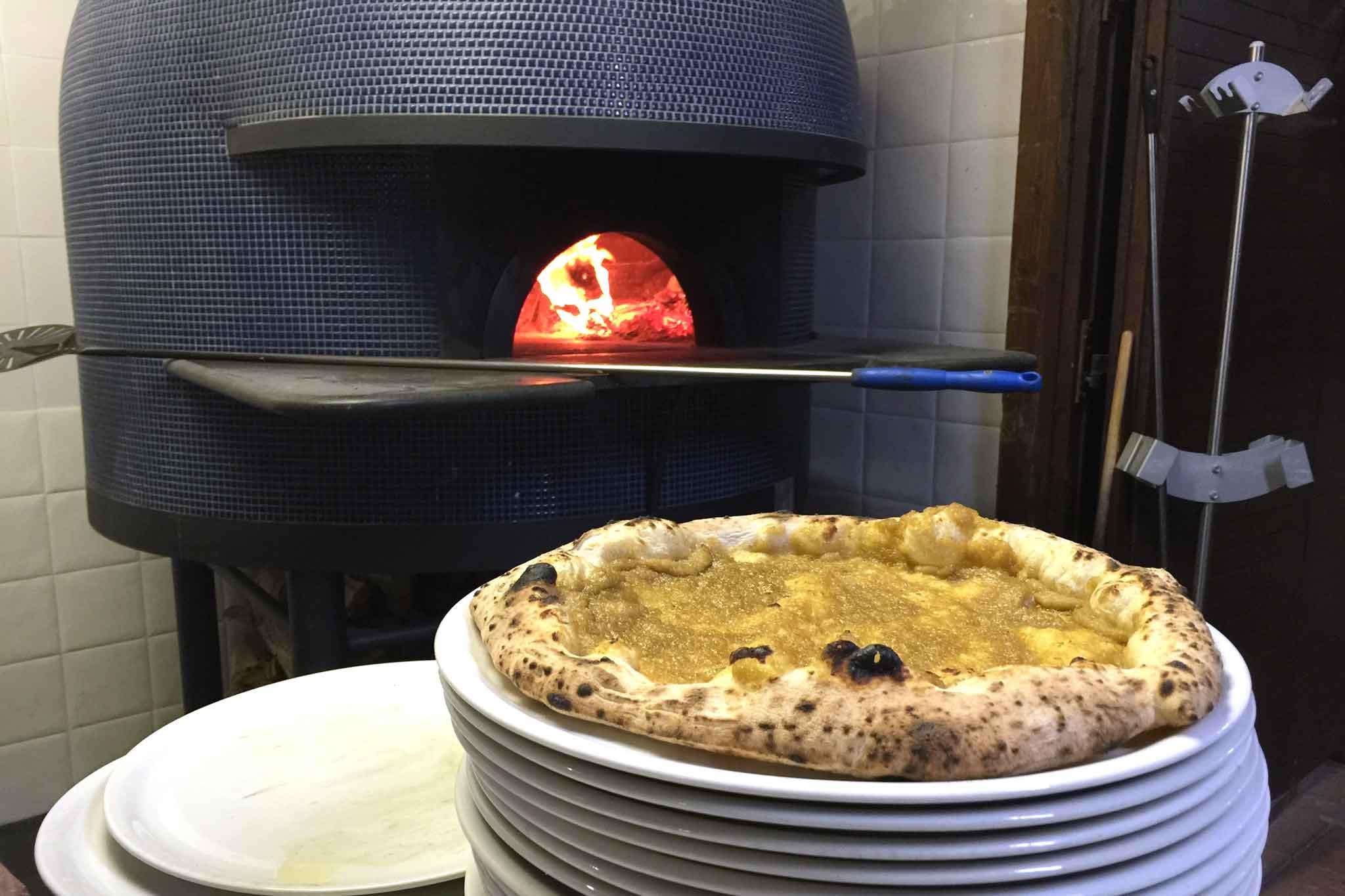 Mister Marlin Acciaroli forno a legna pizze