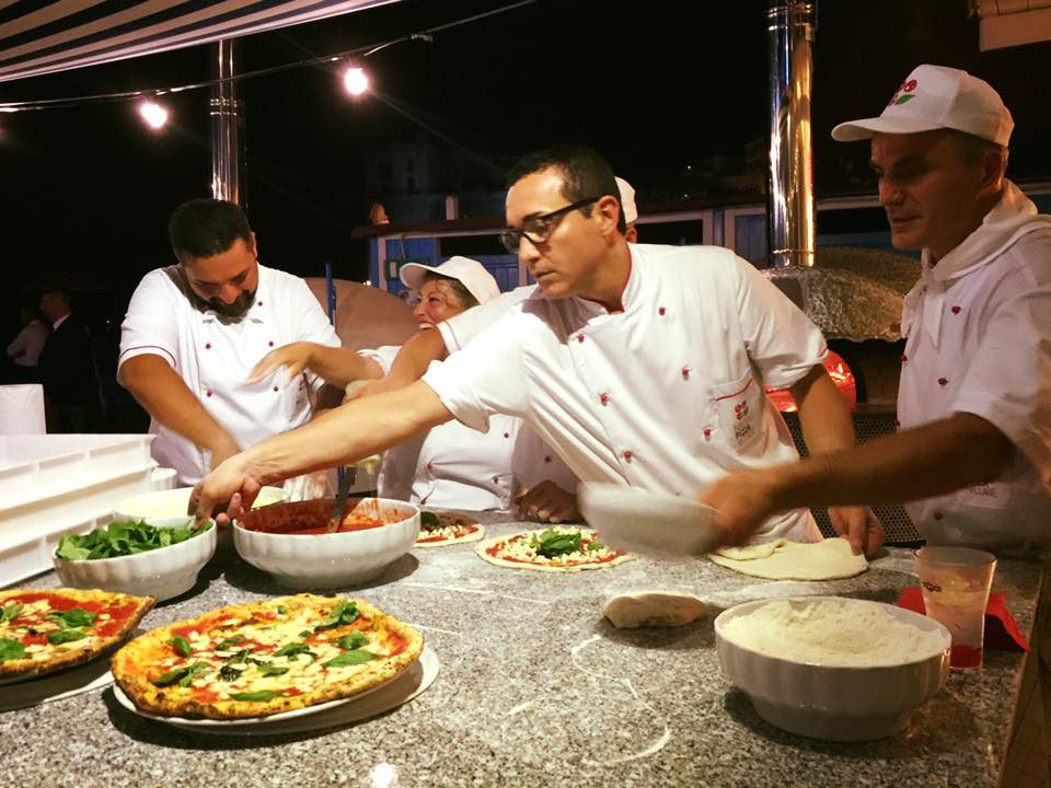 gino sorbillo pizza dolce e gabbana