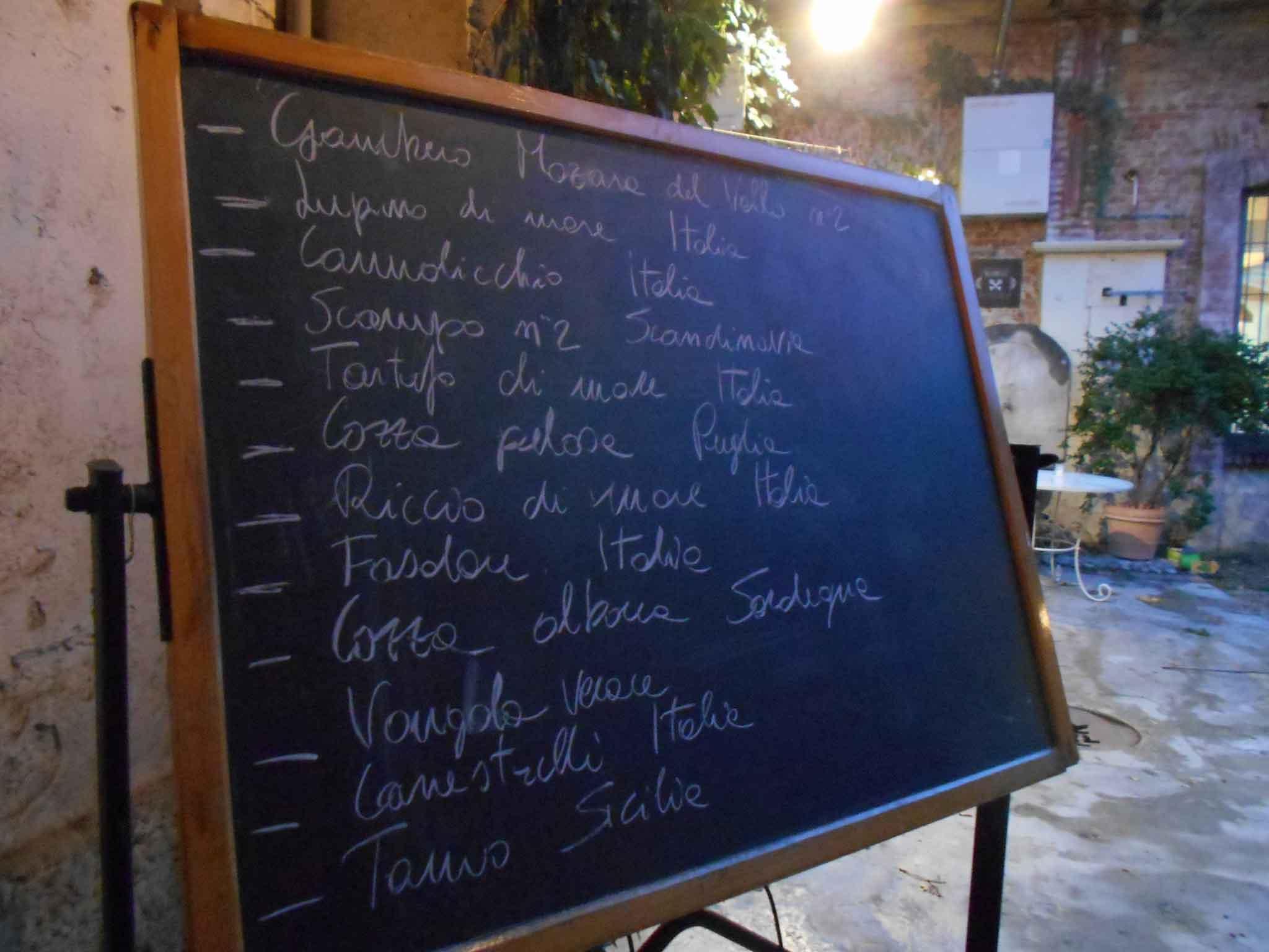 lavagna ristorante La Cave