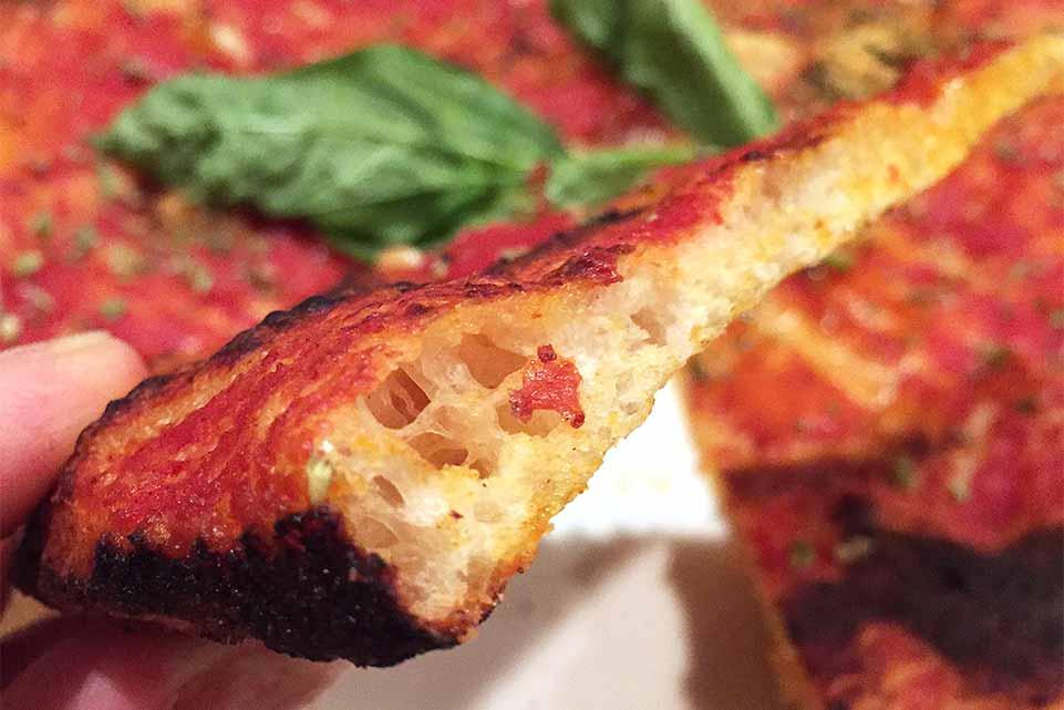 pasqualino-rossi-pizza-nel-ruoto-fetta1