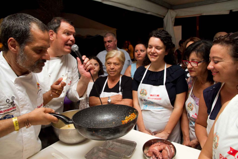 preparazione salsa De Angelis Sorrentino