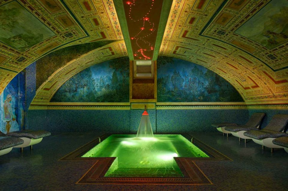 Byblos Art Hotel piscina