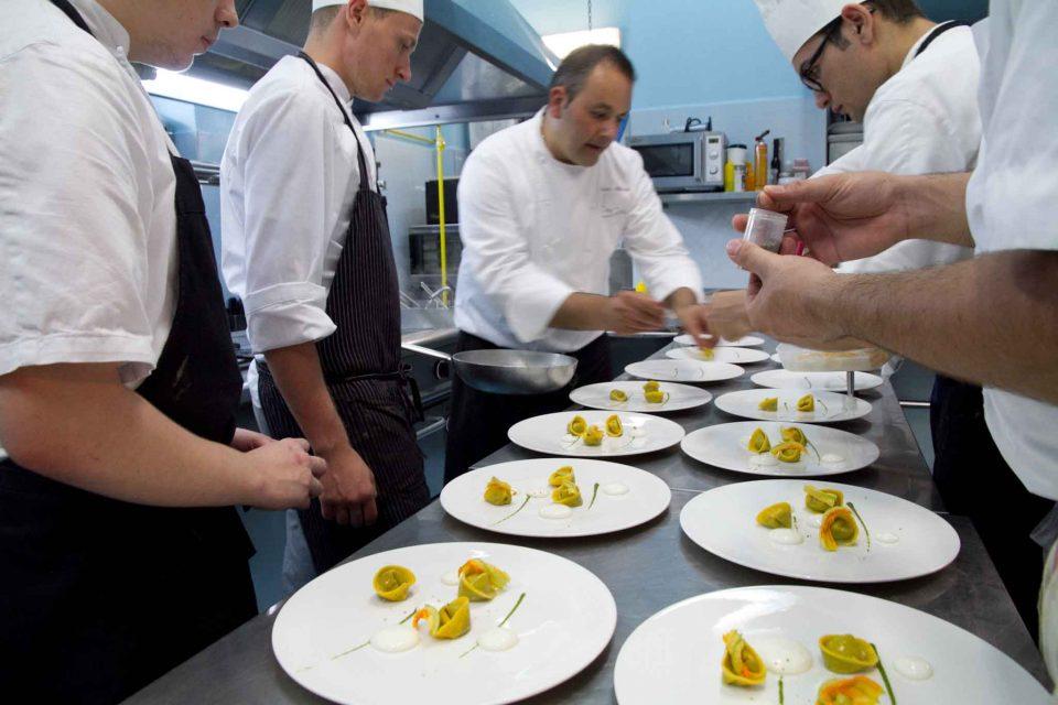 Mario Affinita nella cucina Don Geppi