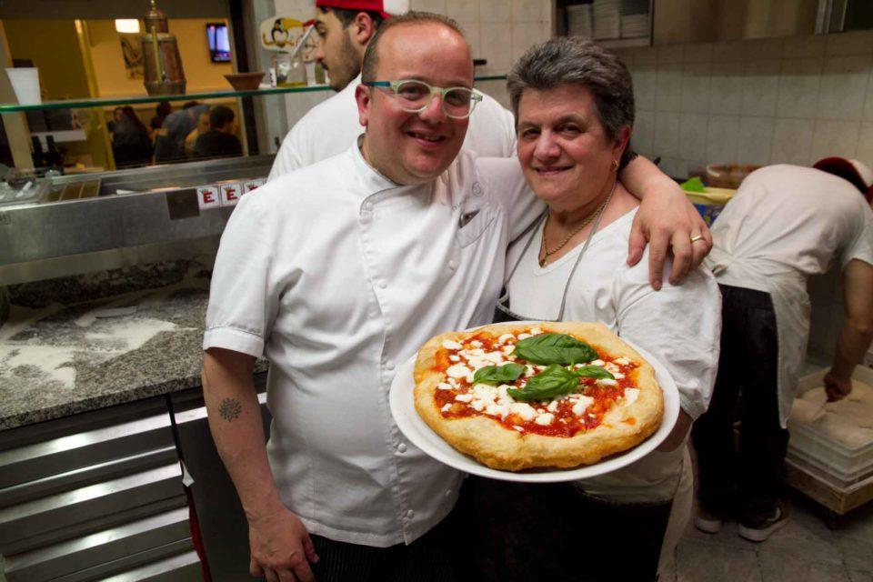 Pasqualino Rossi mamma pizza fritta