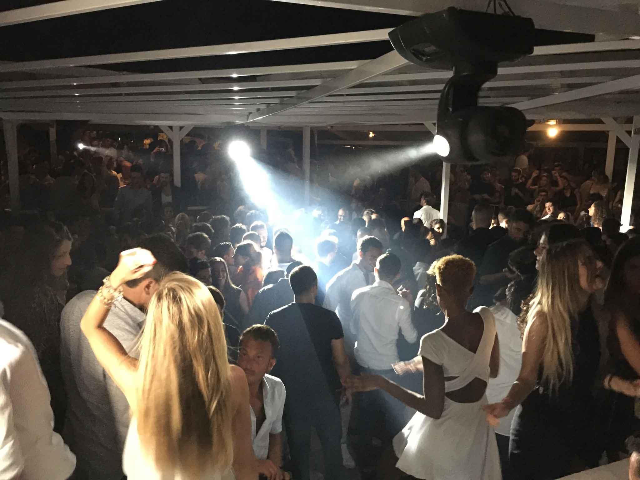 discoteca Blue Moon Ogliastro Marina