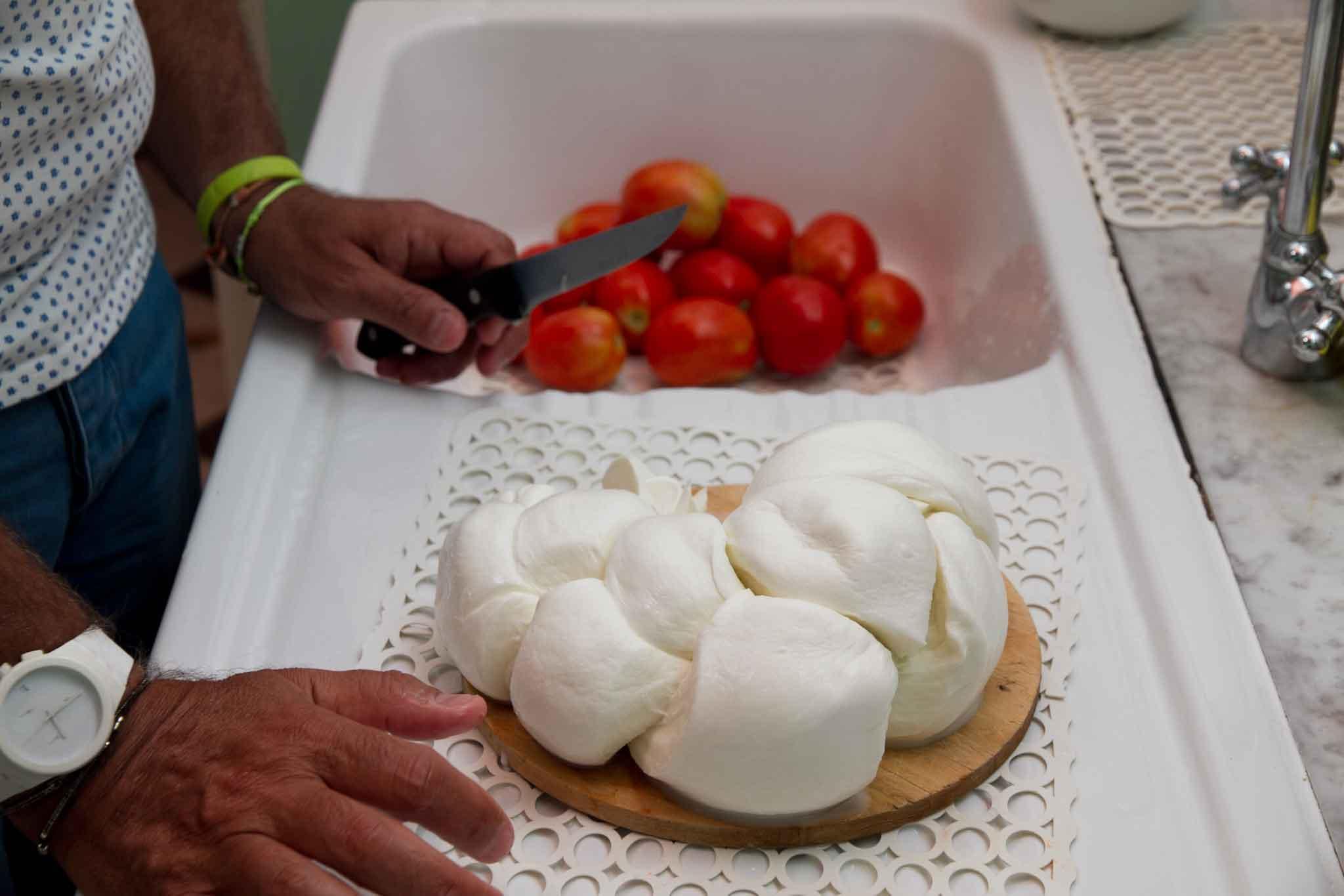 mozzarella bufala La Perla del Mediterraneo pomodori